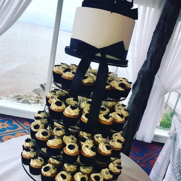 Claire the bakers wedding cakes inishowen